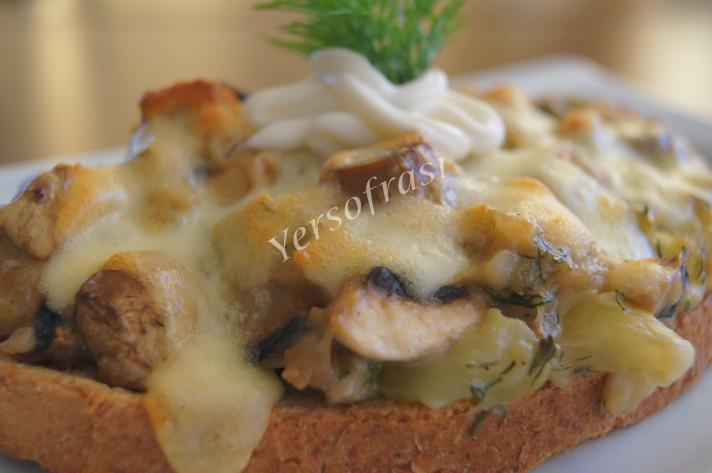 ekmek üstü kasarli mantar