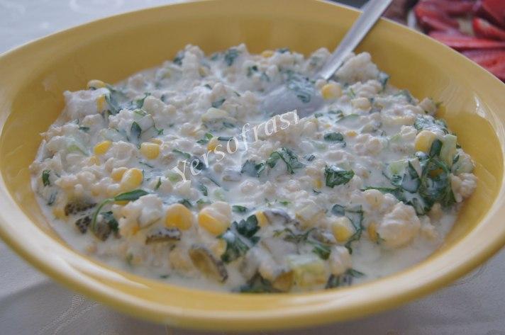 yogurtlu-bugday-salatasi